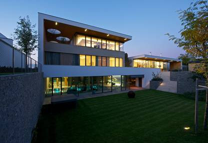 Avantgarde Villa in Prague